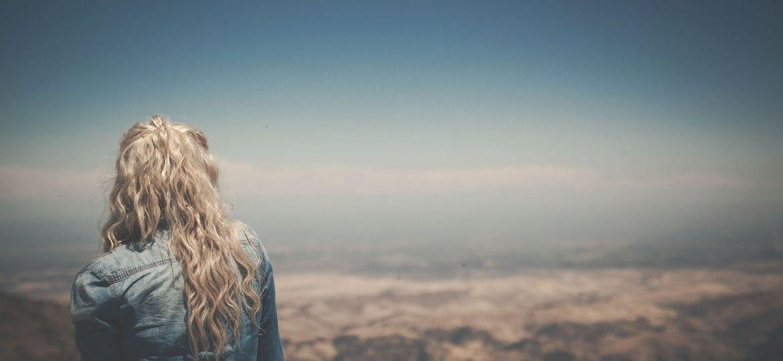 blonde-801985_1280